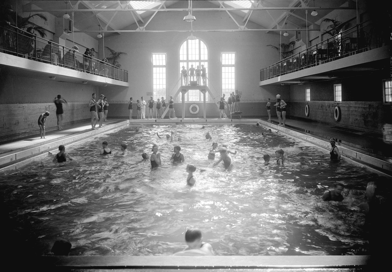 CVA 99-2212 - Crystal Pool, interior. 1929. Stuart Thomson photo.